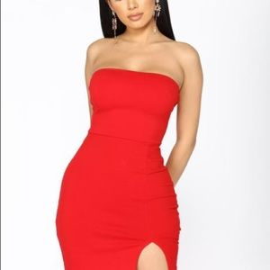 BNWT RED STRAPLESS DRESS SMALL